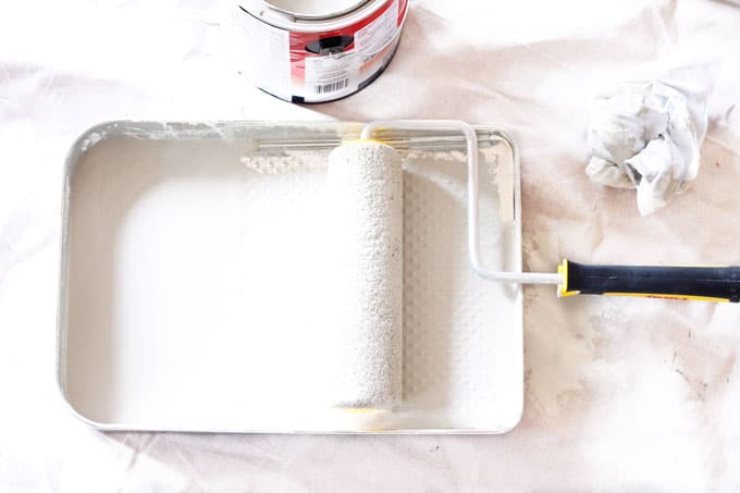 Beginner's Guide to Painting Walls, DIY Paint, DIY Paint Project, Paint Roller, Rolling on Paint