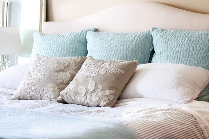Bring Spring Indoors, Spring, Spring decor, spring decorations, spring bed, spring bed linens