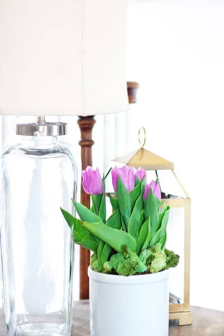 Bring Spring Indoors, spring, spring decor, spring decorating, spring flowers, flowers, decorating with flowers, tulips