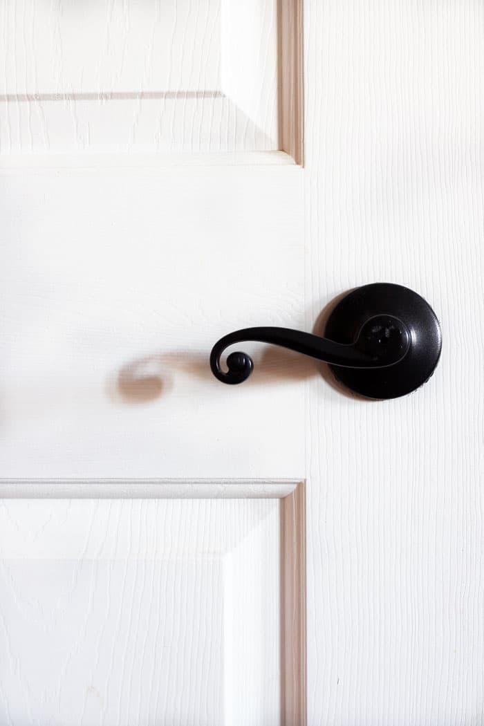 Updated-Door-Hardware, Update door hardware with spray paint, update door hardware with spray paint, spray painted door knobs
