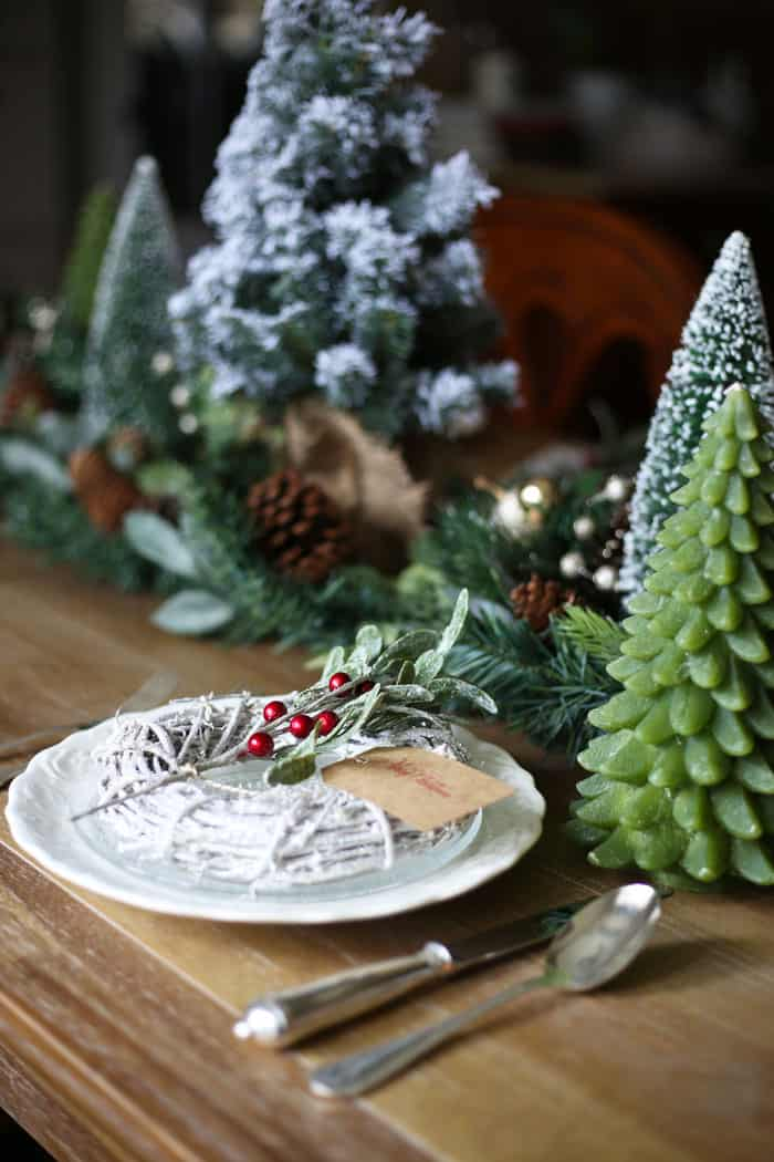 Christmas Tablescape | With green and sprigs of Holly this Holiday tablescape will inspire you! #christmas #christmasdecor #christmasdecorating #christmastable #christmastablescape #holidaytablescape