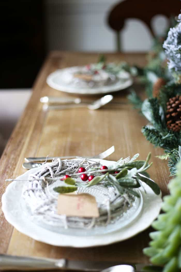 Christmas Tablescape | With lots of green and flocked trees, this Christmas tablescape is so inspiring! #christmas #christmasdecor #christmasdecorating #christmastablescape #christmastable