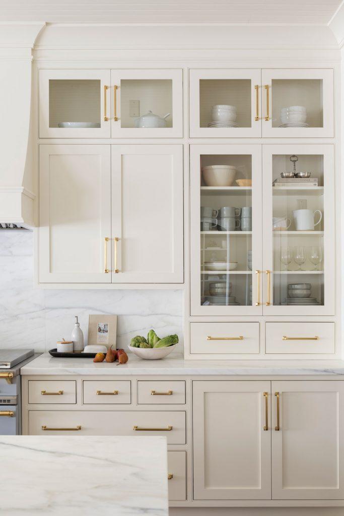 Creamy White Cabinets